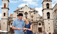 Tourist couple in Old Havana