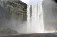 Waterfall Skógafoss, Skoga river, Golden Ring, South Iceland, Iceland / Wasserfall Skógafoss, Fluß Skoga, Südisland, Island