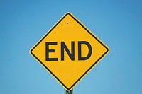 Close_up of dead end sign