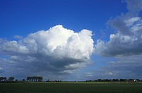 Cumulus congestus clouds. Eemnes, Holland.