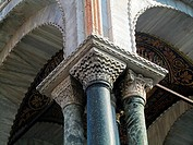 Column detail, Saint Mark´s Basilica, Venice, Italy.