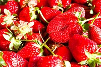 Fresh ripe perfect strawberry _ Food Frame Background
