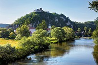 Germnay, Bavaria, Kallmunz, View of building with Naab River