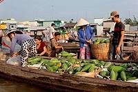 Floating market, Mekong river, Mekong Delta, Vietnam, Southeast Asia, Asia