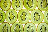kiwi slice background