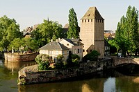 Defence tower, medieval bridge across river Ill, Ponts Couverts, covered bridge, Strasbourg, Alsace, France, Europe