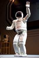 The first robot fair was held in Tokyo-Japan on 11 oct 2008 The main roboto builders showed their work at this venue Asimo will be ´trained´ by robot ...