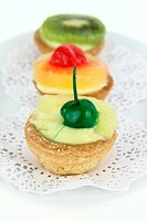 Creamy dessert tarts with fruits