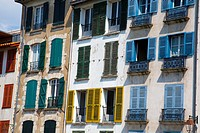 Facades in Petit Bayonne  Bayonne   Pyrénées-Atlantiques, France