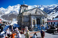 Kedarnath, one of the sources of the holy river Ganges, surrounded by mountains more than 6000m high, Uttarakhand, formerly Uttaranchal, India, Asia