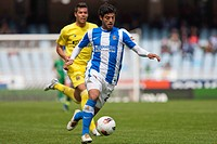 22 04 2012 Zaragoza, Spain Real Sociedad 1 _ 1 Villarreal Real Sociedad´s Carlos Vela in action during the Spanish League match played between Real So...