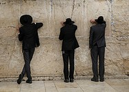Orthodox Jews praying, Western Wall or Wailing Wall, Jerusalem, Israel, Middle East