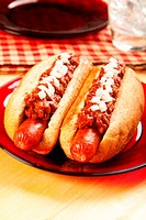 Perfect for the big game, a picnic, or anytime chili dogs with onions