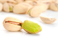 Close_up image of pistachios studio isolated on white background