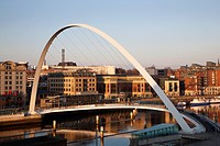 Gateshead Millennium Bridge, Newcastle, Gateshead, Tyne and Wear, England, United Kingdom, Europe