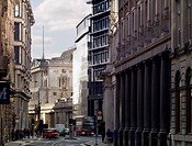 CITY OF LONDON 2010 LOOKING DOWN THREADNEEDLE ST SHOWING STONE PALAZZI AND BANK OF ENGLAND,HISTORIC BUILDING, Architect