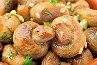 Casserole sauteed mushrooms