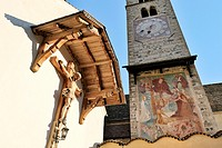 The Church of San Pancrazio beside the Mediaeval walled town of Stadt Glurns, Glorenza  Val Venosta, Italian Alps, Italy