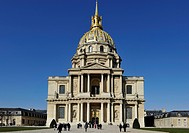 Dome des Invalides or Eglise du Dome church, Napoleon´s tomb, Paris, France, Europe