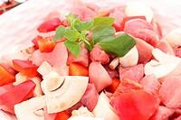 frisches fleisch mit Gemüse