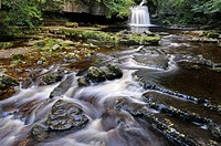 England, North Yorkshire, West Burton. West Burton Falls or Cauldron Falls in the Yorkshire Dales