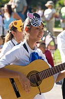 Fiesta De Santa Fe, New Mexico. A Celebration Started In 1712 To Celebrate The Peaceful Retaking Of The City From The Pueblo People In 1692. Desfile D...