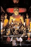 Laos. Luang Prabang. Wat Visoun. Buddha.