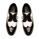Two_tone patent leather men´s shoes