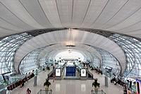 Der neue Flughafen Suvarnabhumi in Bangkok der Hauptstadt von Thailand in Suedostasien.