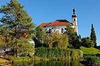Die Pfarrkirche St. Johannes Baptist in Breitbrunn am Chiemsee / The Church John the Baptist at Breitbrunn at the Chiemsee in Bavaria