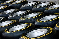Pirelli Tyres and OZ Wheels, F1,Abu Dhabi Grand Prix, United Arab Emirates,Abu Dhabi.