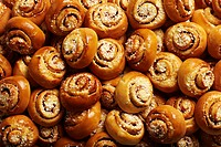 Heap of cinnamon buns