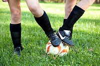 Girl´s Legs and Soccer Ball, Close_Up