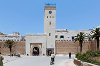 Clock tower on the ramparts of Essaouria, Marrakech-Tensift-El Haouz, Morocco, North Africa, Africa