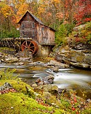 USA, West Virginia, Babcock State Park, Creek flowing past old Glade Creek Grist Mill