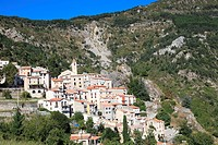 The perched village of Toudon, Alpes-Maritimes, Esteron Valley, Provence-Alpes-Côte d´Azur, France