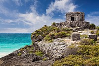 Mexico, Quintana Roo, Yucatan, Cancun, Ruins on cliff
