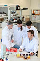Shinthesis Lab, Research Laboratory, R&D+i, Design and synthesis of new chemical entities with therapeutic applications in oncology, Discovery and dev...