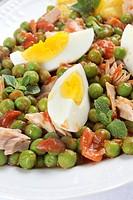 insalata di tonno piselli e uova
