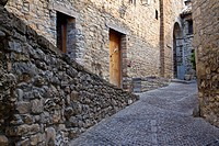 Detail of a street of medieval Aínsa village, in Sobrarbe region, declarated Historical-Artistic Site  Huesca, Aragón, Spain