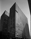 Apartment building at 900 North Lake Shore Dr, part 2, 1955_1958 , Exterior, building with window washers from negative , Views of exterior and interi...