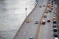 FDR Drive beside the East River in New York (thumbnail)