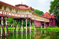 Sanamjan palace