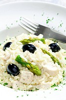 chicken rissoto with asparagus and olives