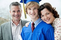 Portrait of graduate with mom and dad