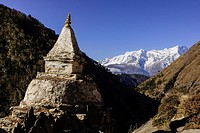 chorten near Milingo, Sagarmatha National Park, Khumbu Himal, Nepal, Asia