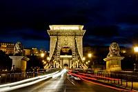 ungheria, budapest, chains bridge
