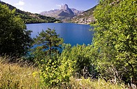Lanuza Reservoir and Peña Foratata in background - Valle de Tena - Pyrenees - Huesca province - Aragon - Spain - Europe