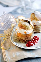 Mini panettone filled with cream and candied fruits
