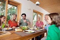 Germany, Bavaria, Nuremberg, Family having lunch together (thumbnail)